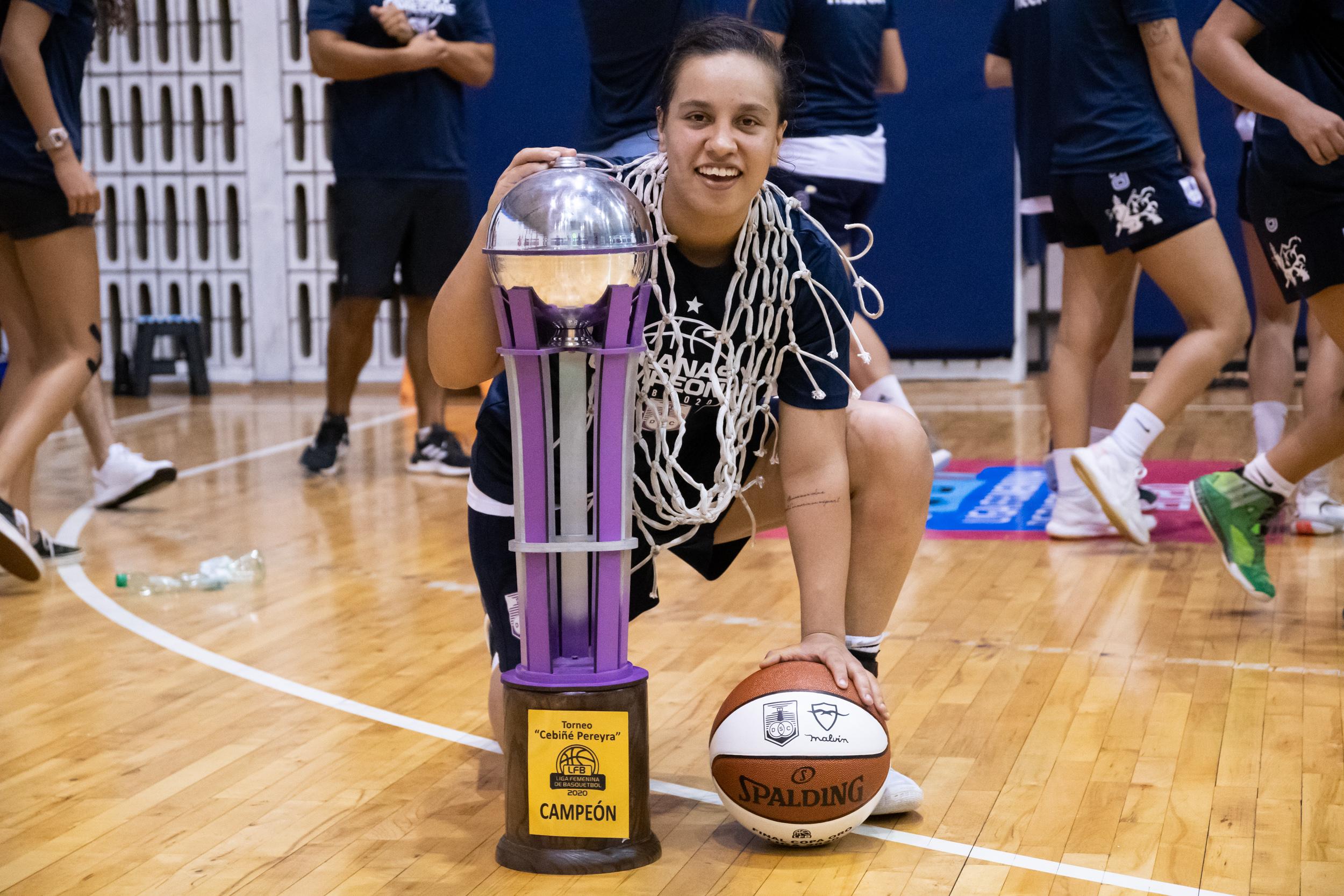 Defensor Sporting campeón Liga Femenina
